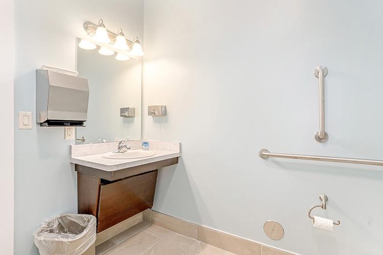Parsons Place Bathroom