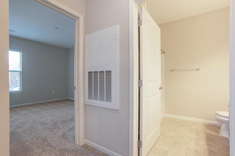 Polaris Place Apartments Unit Bathroom 4