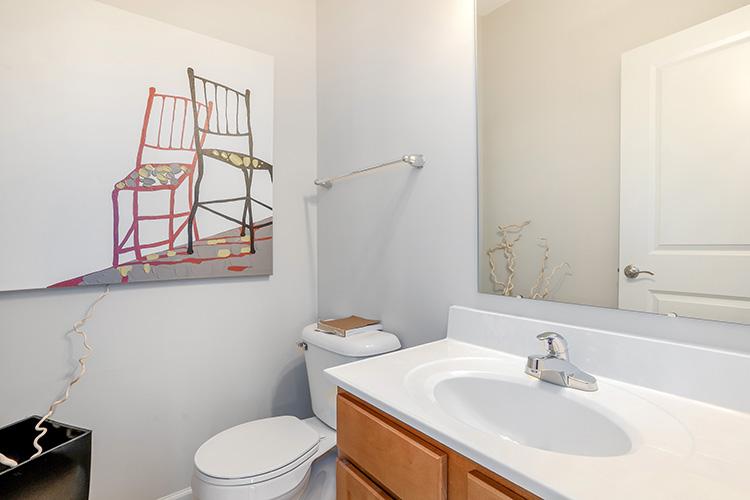 Polaris Place Apartments Unit Bathroom