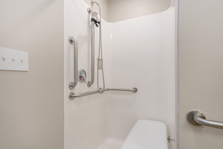 Spring Leaf Place Apartments Unit Shower