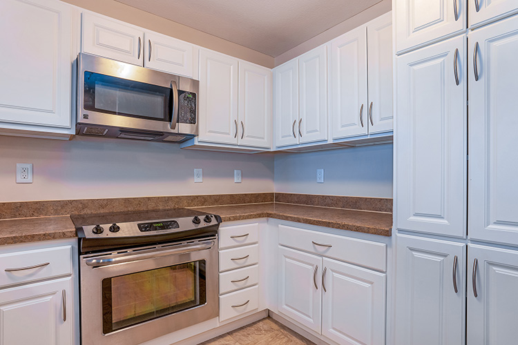 Springwood Luxury Apartments Unit Kitchen 2