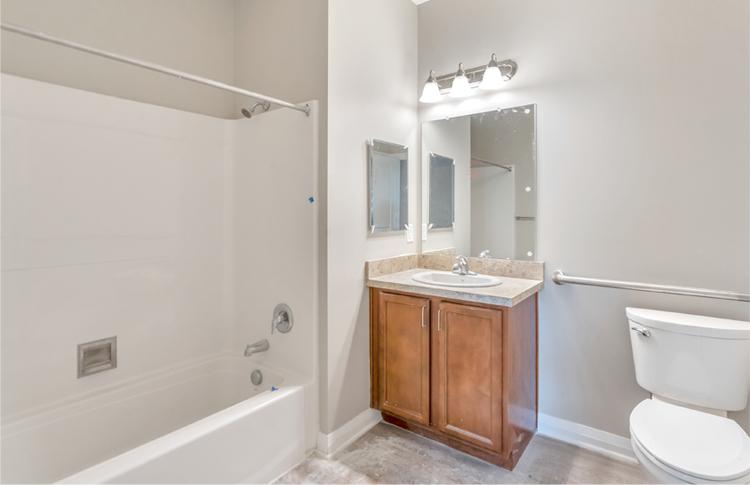 Hamilton Annex Unit Bathroom